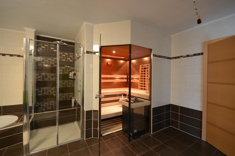 Badezimmer-Sauna-85
