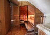Sauna mit Dachschräge